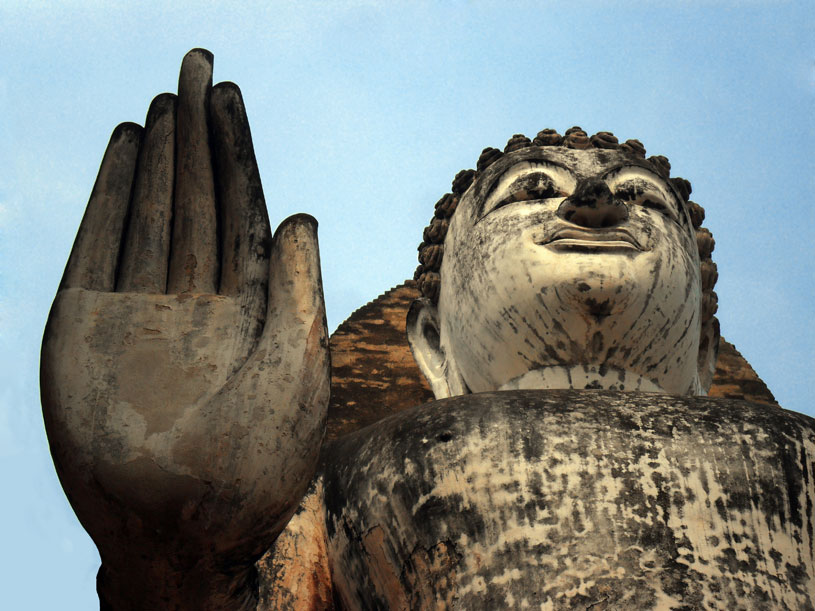 Buddha-with-big-hand
