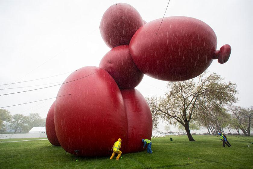 giant-balloon-dog