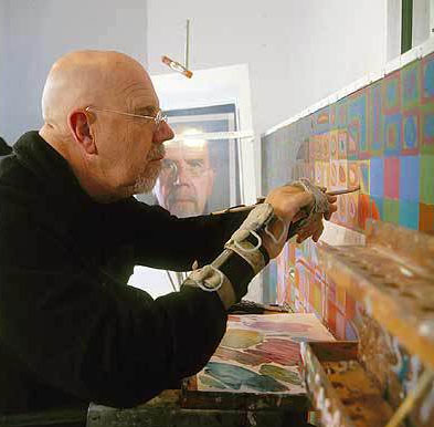 Chuck Close still making his own paintings even after a spinal artery collapse left him nearly paralyzed.