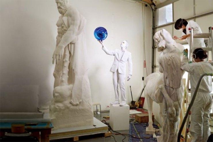 sculptors-at-work