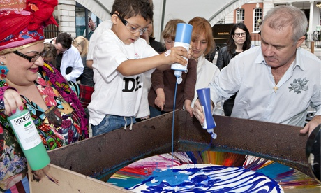 Damien Hirst and children spin painting