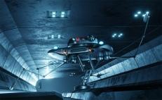 Droid'ship Entering a Landing Bay